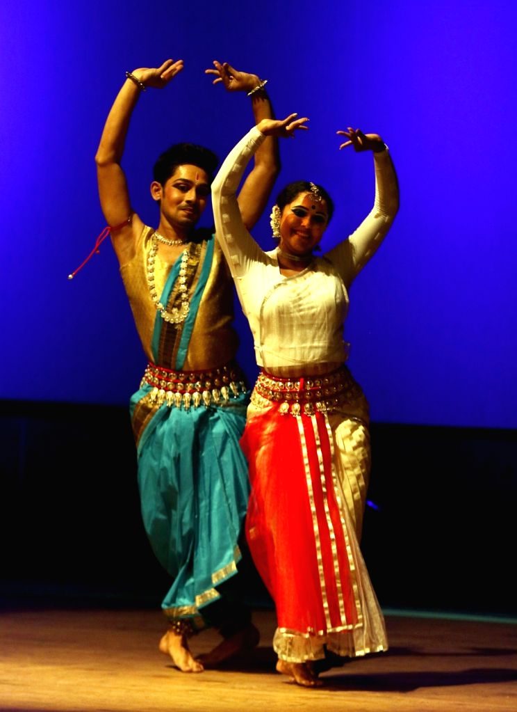 Artistes perform Hansika, an adaptation of a ballet called Swan Lake, at Chiwdaiah Memorial Hall in Bengaluru on March 31, 2018.