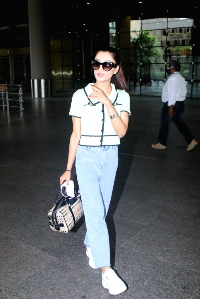 Arushi Nishank Spotted At Airport Arrival in Mumbai on 24 june,2021.