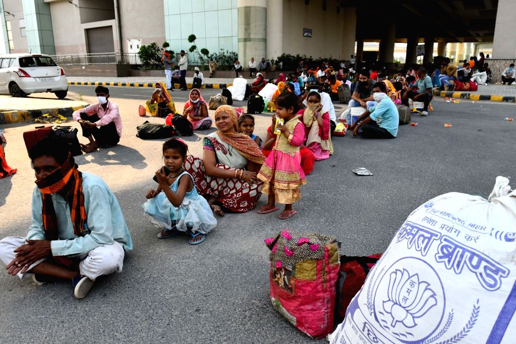 As many as 73 per cent informal and migrant workers lost their jobs in Delhi during the lockdown, according to a survey conducted by the Azim Premji University. (Photo: IANS)