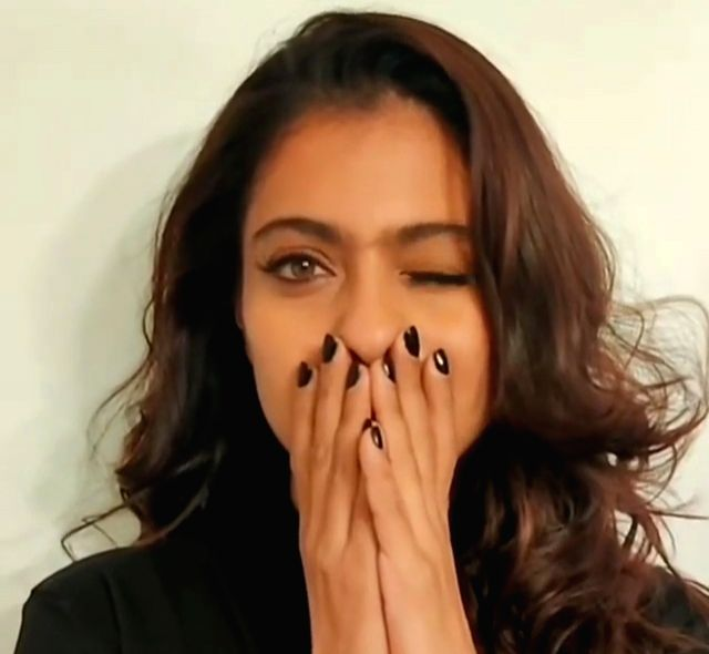 """As the the Shah Rukh Khan, Kajol and Shilpa Shetty-starrer """"Baazigar"""", which was a huge hit for several reasons, completed 26 years on Tuesday, Kajol shared a quirky boomerang video on ... - Kajol, Shilpa Shetty and Rukh Khan"""