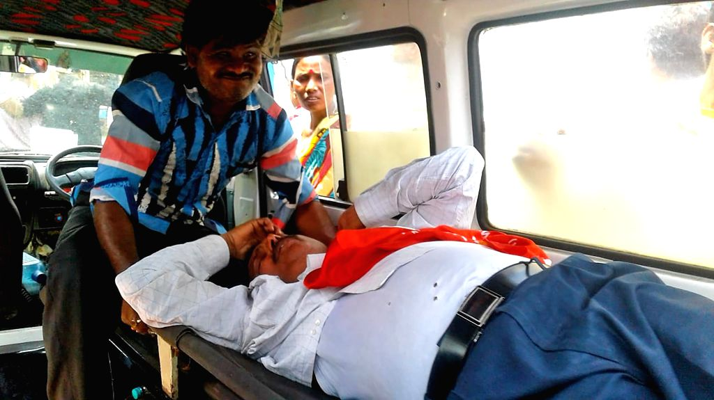 Asansol: CPI(M) candidate from Asansol constituency, Gouranga Chatterjee who was injured after attacked by the Trinamool Congress-backed miscreants during an election campaign ahead of 2019 Lok Sabha polls, at Asansol in West Bengal's Burdwan on Apri - Gouranga Chatterjee