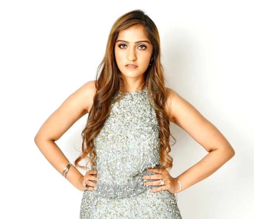 """Asees Kaur, the voice behind Bollywood songs such as """"Ve maahi"""" and """"Akh lade jaave"""", says her new non-film track """"Kisi aur naal"""" is very close to her heart. - Asees Kaur"""