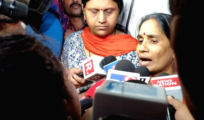 Asha Devi, Nirbhaya's mother talks to press after the hanging of four convicts in the 2012 Nirbhaya rape case, in New Delhi on March 20, 2020.