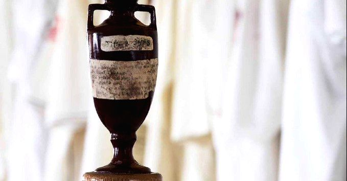 Ashes Urn.