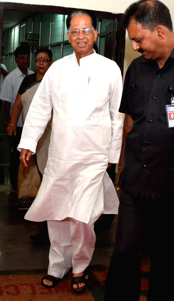 Assam Chief Minister Tarun Gogoi arrives to attend budget session at Assam Legislative Assembly at Dispur in Guwahati on Aug 4, 2014. - Tarun Gogoi