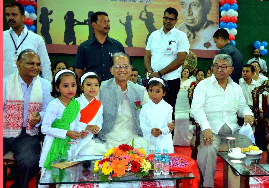 Assam Chief Minister Tarun Gogoi during a children's day programme in Guwahati on Nov 14, 2015.