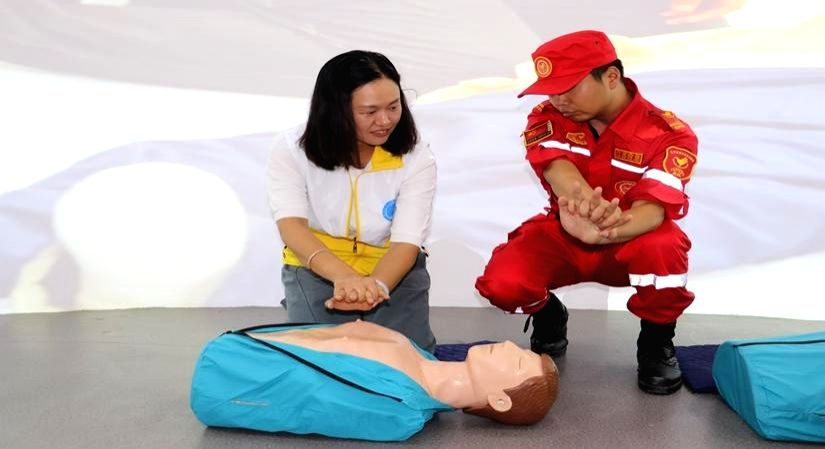 At-home first aid: Learn these emergency skills.