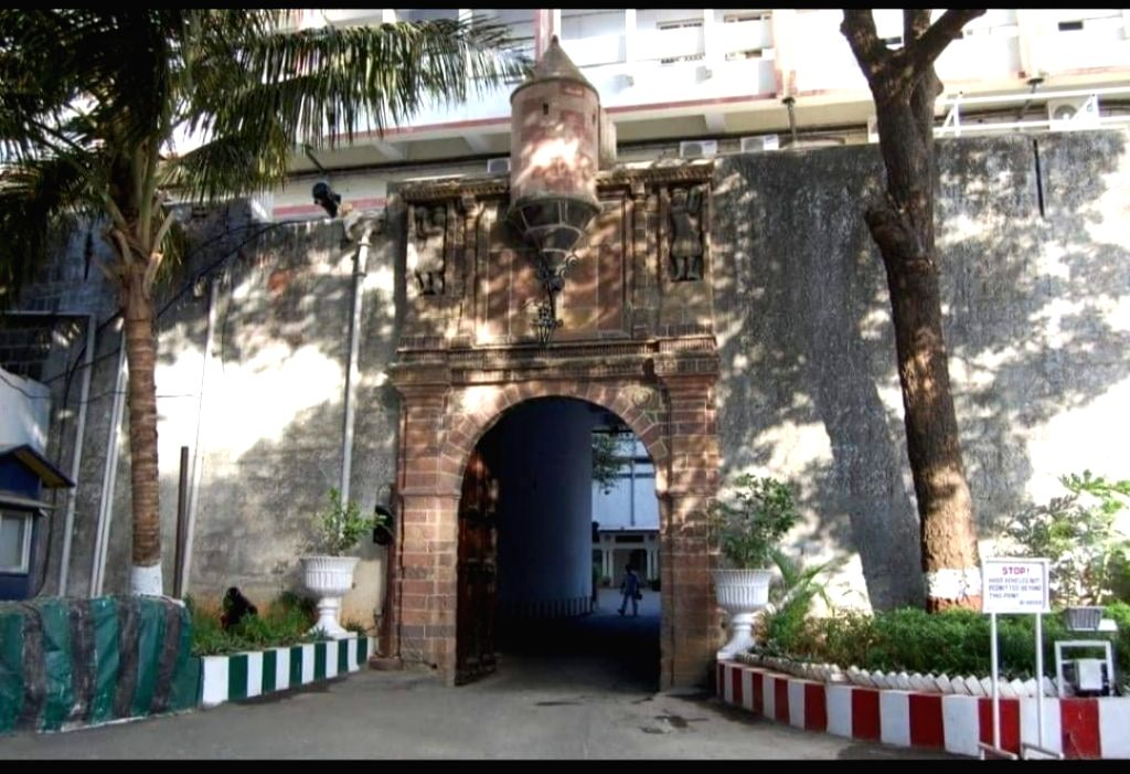 At least 21 serving Indian Navy personnel have tested positive for COVID -19, all within the naval premises at Mumbai, officials said here in Saturday.