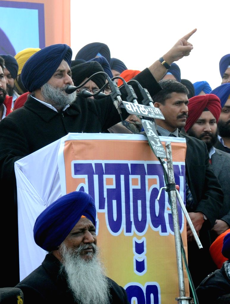 Punjab Deputy Chief Minister Sukhbir Singh Badal addresses during an anti-drug rally at Attari border, near Amritsar on Jan. 5, 2015. - Sukhbir Singh Badal