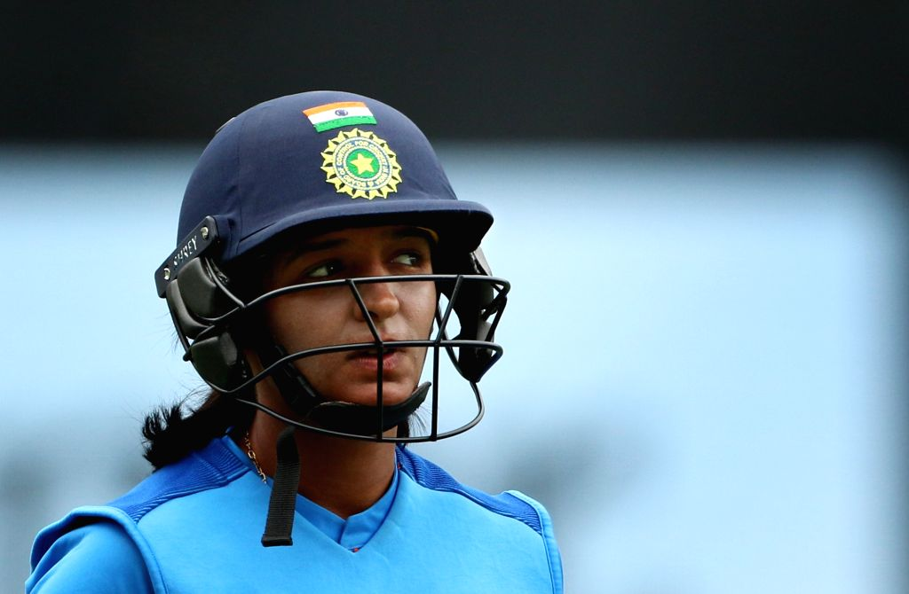 Auckland (New Zealand): India's Harmanpreet Kaur during the second women's T20I match between India and New Zealand at Eden Park in Auckland, New Zealand on Feb 8, 2019. - Harmanpreet Kaur