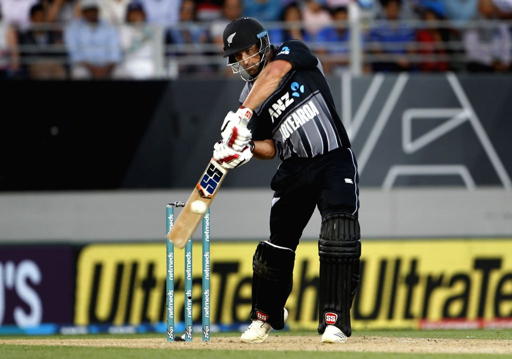 Auckland (New Zealand): New Zealand's Colin de Grandhomme in action during the second T20I match between India and New Zealand at Eden Park in Auckland, New Zealand on Feb 8, 2019. (Photo: Surjeet Yadav/IANS) - Surjeet Yadav