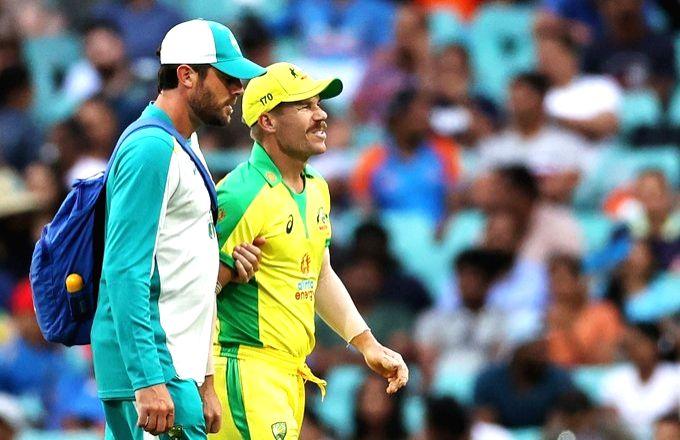 Aus vs Ind 2nd ODI: Warner hurts groin, to undergo scan.