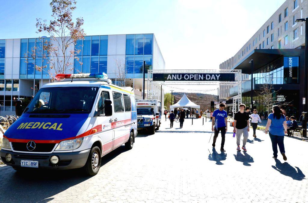 Australia announces major overhaul of university fee )