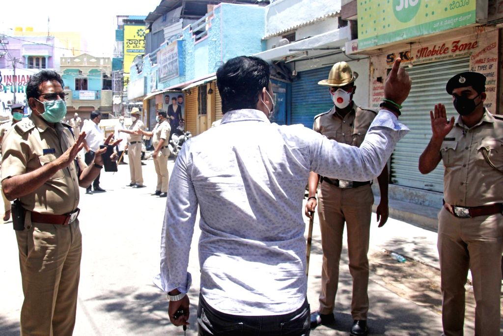 Azamgarh (Uttar Pradesh), May 6 (IANS) He posed as Superintendent of Police (SP), called up a subordinate police official and asked him to get his mobile phone repaired or face the consequences. But, his bluff was later called and the man landed in l