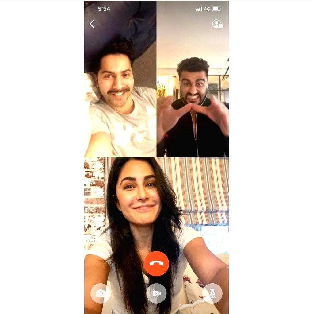 B-Town's high-flying stars have found a way to stay connected despite Janata Curfew. Although life outside has virtually come to a standstill, many among our Bollywood have fallen back on technology ...