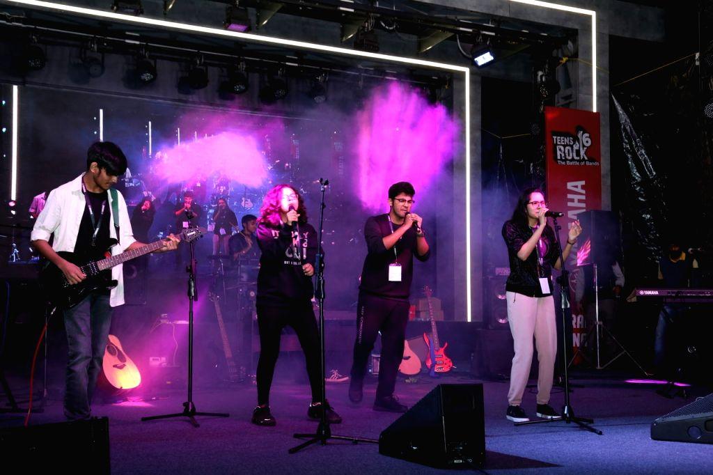 Band performs at Yamaha Teens Rock 6 Battle of Bands.