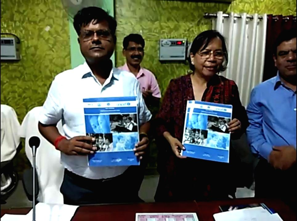 Banda District Magistrate Heera Lal and UNICEF Uttar Pradesh head Ruth Liyano during the signing of an agreement between Banda District administration and UNICEF to tackle malnutrition among ...