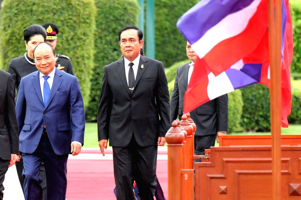 BANGKOK, Aug. 18, 2017 - Thai Prime Minister Prayuth Chan-ocha (R) and visiting Vietnamese Prime Minister Nguyen Xuan Phuc attend a welcoming ceremony at the Government House in Bangkok, Thailand, ... - Prayuth Chan