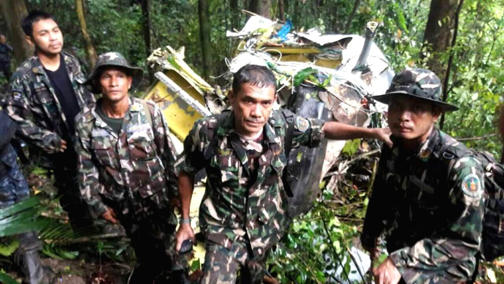 BANGKOK, June 28, 2016 - Search team look for the wreckage of a helicopter of the Thai air force in Khao Chamao mountain, southeastern Thailand, June 28, 2016. Search team found the wreckage of a ...