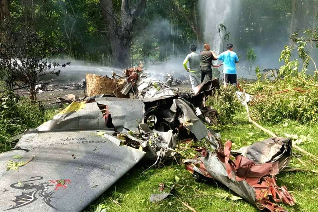 BANGKOK, May 22, 2018 - Photo taken on May 22, 2018 shows the scene of the crash of a military aircraft at Bhumibol Dam Golf Course in Sam Ngao district, Tak, Thailand. A military aircraft crashed in ...