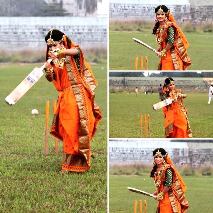 Bangla woman cricketer's wedding photoshoot on pitch bowls out social media.