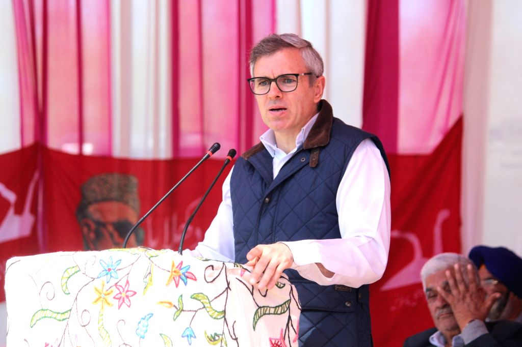 Baramulla: National Conference (NC) leader Omar Abdullah addresses during a party rally at Pattan in Jammu and Kashmir's Baramulla on April 2, 2019. (Photo: IANS)