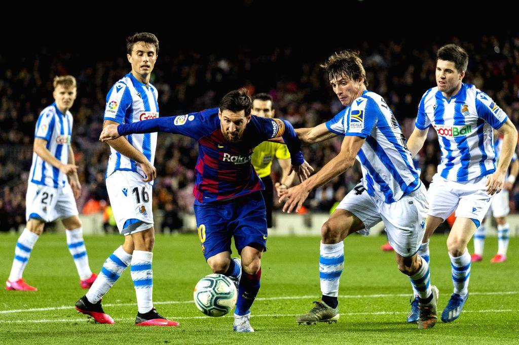 Barcelona, June 7 (IANS) Dutch midfielder Frenkie de Jong believes Lionel Messi is by far the best footballer on the planet and when the Barcelona talisman speaks, he just listens.
