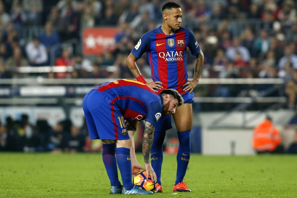 BARCELONA, Oct. 30, 2016 - Barcelona's Neymar (Top) and Lionel Messi react during the Spanish league football match between FC Barcelona and Granada FC in Barcelona, Spain, on Oct. 29, 2016. ...