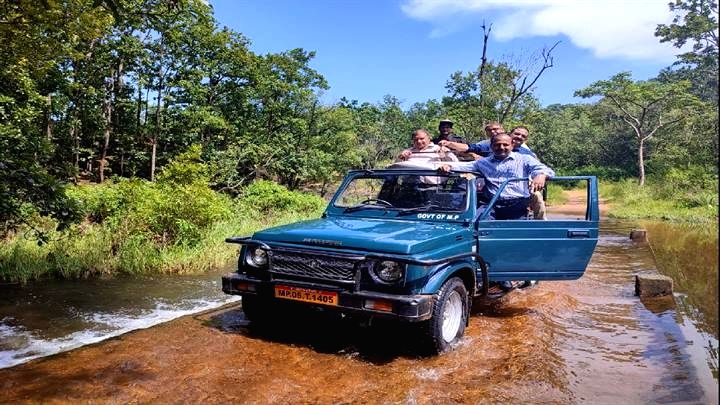 Beginning of 'Neemghan Adventure Tour' to woo tourists in MP.