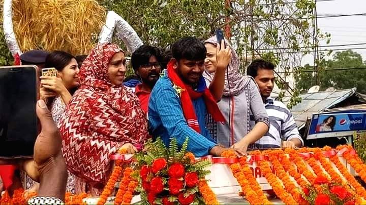 Begusarai: CPI's Lok Sabha candidate from Begusarai, Kanhaiya Kumar during a roadshow ahead of filing his nomination for the 2019 Lok Sabha elections, in Bihar's Begusarai on April 9, 2019. (Photo: IANS) - Kanhaiya Kumar