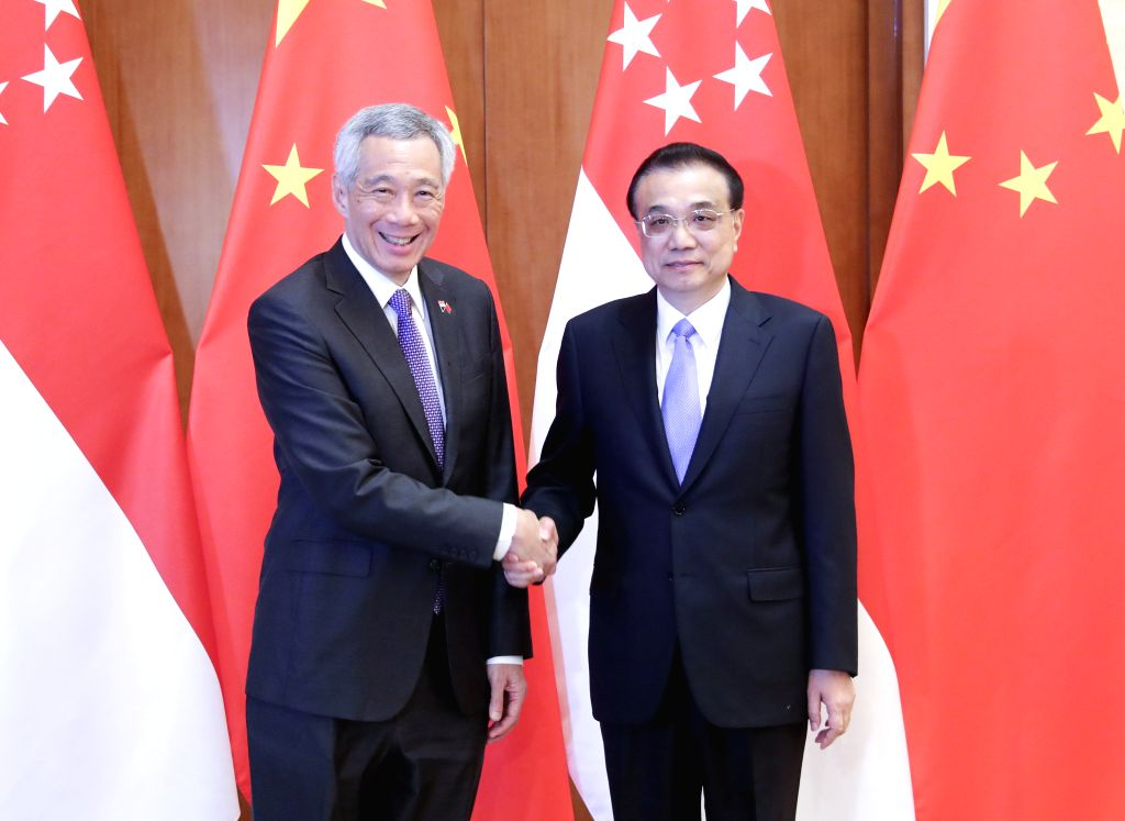 BEIJING, April 29, 2019 - Chinese Premier Li Keqiang (R) meets with Singaporean Prime Minister Lee Hsien Loong at the Diaoyutai State Guesthouse in Beijing, capital of China, April 29, 2019. - Lee Hsien Loong