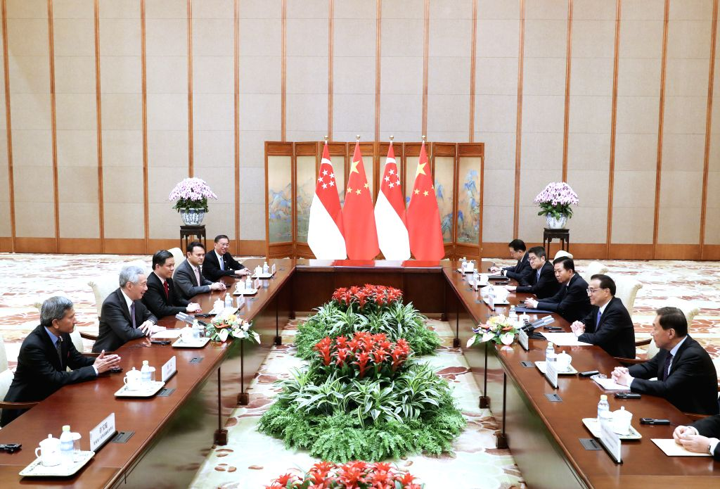 BEIJING, April 29, 2019 - Chinese Premier Li Keqiang meets with Singaporean Prime Minister Lee Hsien Loong at the Diaoyutai State Guesthouse in Beijing, capital of China, April 29, 2019. - Lee Hsien Loong
