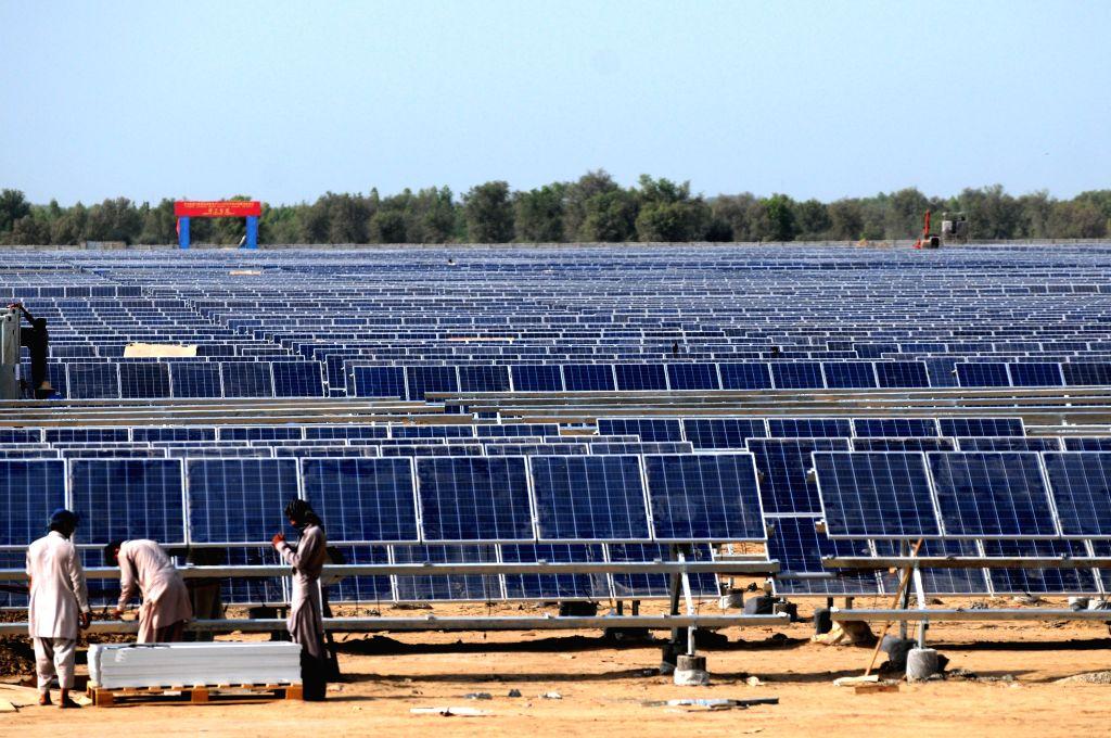 BEIJING, Feb. 7, 2019 - Workers install solar photovoltaic panels for the Zonergy 900 MW Solar Project in Bahawalpur, Pakistan, Aug. 28, 2015. Pakistani Prime Minister Imran Khan said on Wednesday ... - Imran Khan