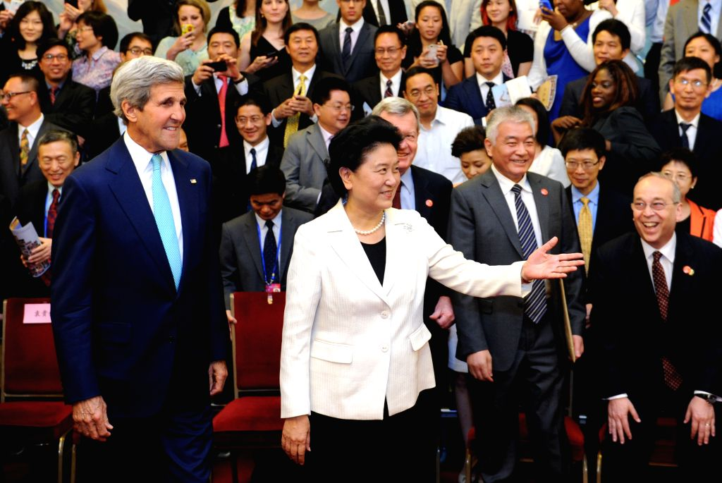 Chinese Vice Premier Liu Yandong (2nd L, front) and U.S. Secretary of State John Kerry (1st L, front) attend the Fifth Round of China-U.S. High-Level Consultation ..