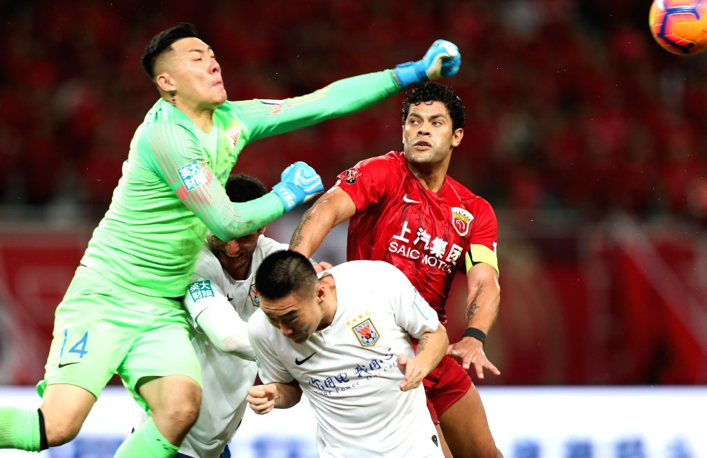 Beijing, May 8 (IANS) The Chinese Football Association (CFA) announced a proposal on Friday, calling upon all levels of professional clubs to cut employees' salaries temporarily during the COVID-19 pandemic, with the recommended rate between 30 and 5