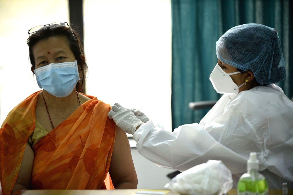 beijing : Nepal: Chinese Vaccine Vaccination Work Starts
