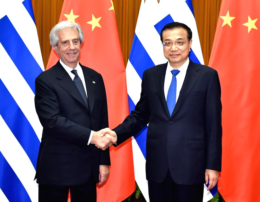 BEIJING, Oct. 19, 2016 - Chinese Premier Li Keqiang (R) meets with Uruguayan President Tabare Vazquez at the Great Hall of the People in Beijing, capital of China, Oct. 19, 2016.