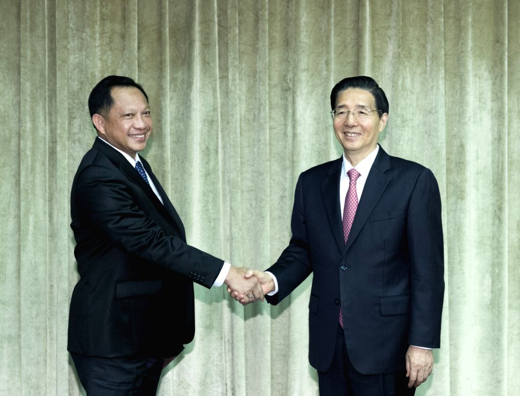 BEIJING, Sept. 27, 2017 - Chinese State Councilor and Minister of Public Security Guo Shengkun (R) meets with Indonesian National Police Chief General Tito Karnavian in Beijing, capital of China, ...