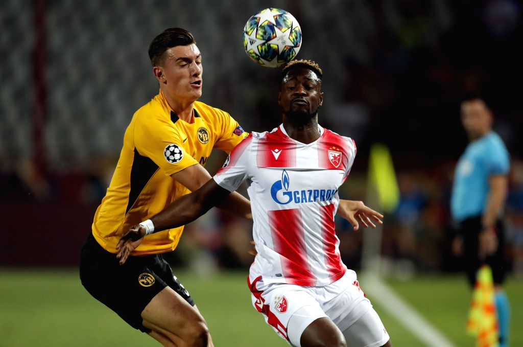 BELGRADE, Aug. 28, 2019 - Crvena Zvezda's Richmond Boakye (R) vies with Young Boys' Cedric Zesiger during the 2nd leg football match between Crvena Zvezda and Young Boys at the UEFA Champions League ...