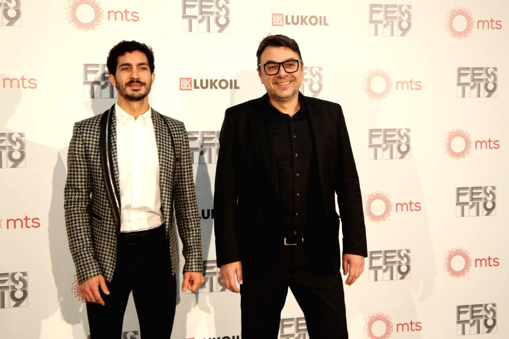 BELGRADE, Feb. 22, 2019 - Argentine actor Chino Darin (L) and art director of FEST Jugoslav Pantelic pose for a photo at the red carpet of the 47th International Film Festival FEST in Belgrade, ... - Chino Darin