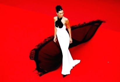 Bella Hadid's Cannes 2021 appearance makes headline.(photo:IANSLIFE)