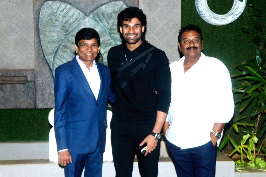 Bellamkonda Sai Sreenivas set for B'wood debut with Prabhas hit remake.