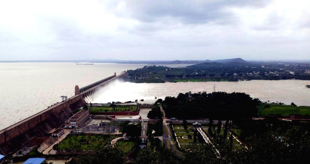 Bellari: Water released from all 33 gates of Tungabhadra Dam near Hosapet, in Karnataka's Bellari on Aug 11, 2019. (Photo: IANS)