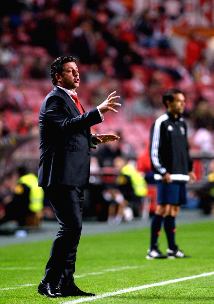 Benfica's coach Rui Victor reacts during 12th round of the Portuguese League Football Match between SL Benfica and A. Academica at the Luz stadium in Lisbon on Dec. ...