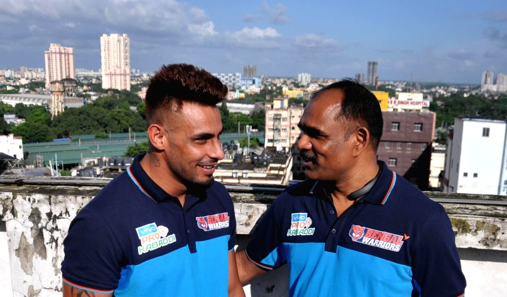Bengal Warrior captain Maninder Singh and coach BC Ramesh during a press conference, in Kolkata on Sep 6, 2019. - Maninder Singh
