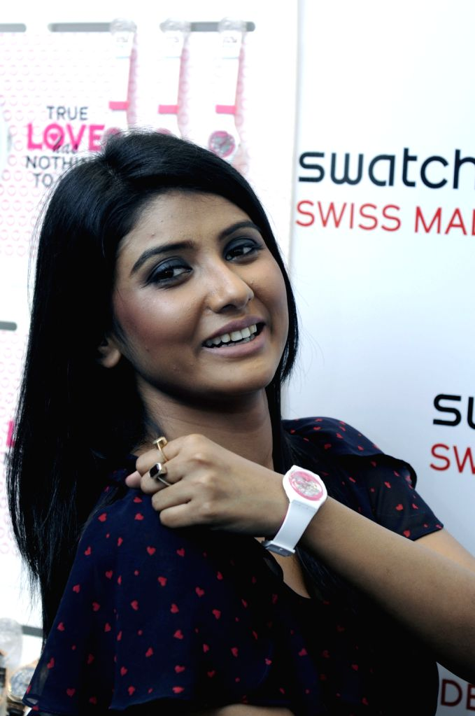 Bengali film actress Parno Mitra launching Valentine`s Day special watch ``A LA FOLIE`` at Kolkata on Feb 8.