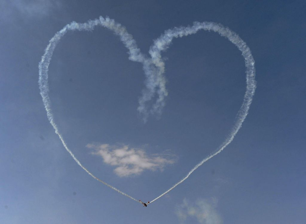 A heart formed by an aircraft during the Aero India-2015 Air Show, at Yelahanka Air-force Station, in Bengaluru on Feb 21, 2015.