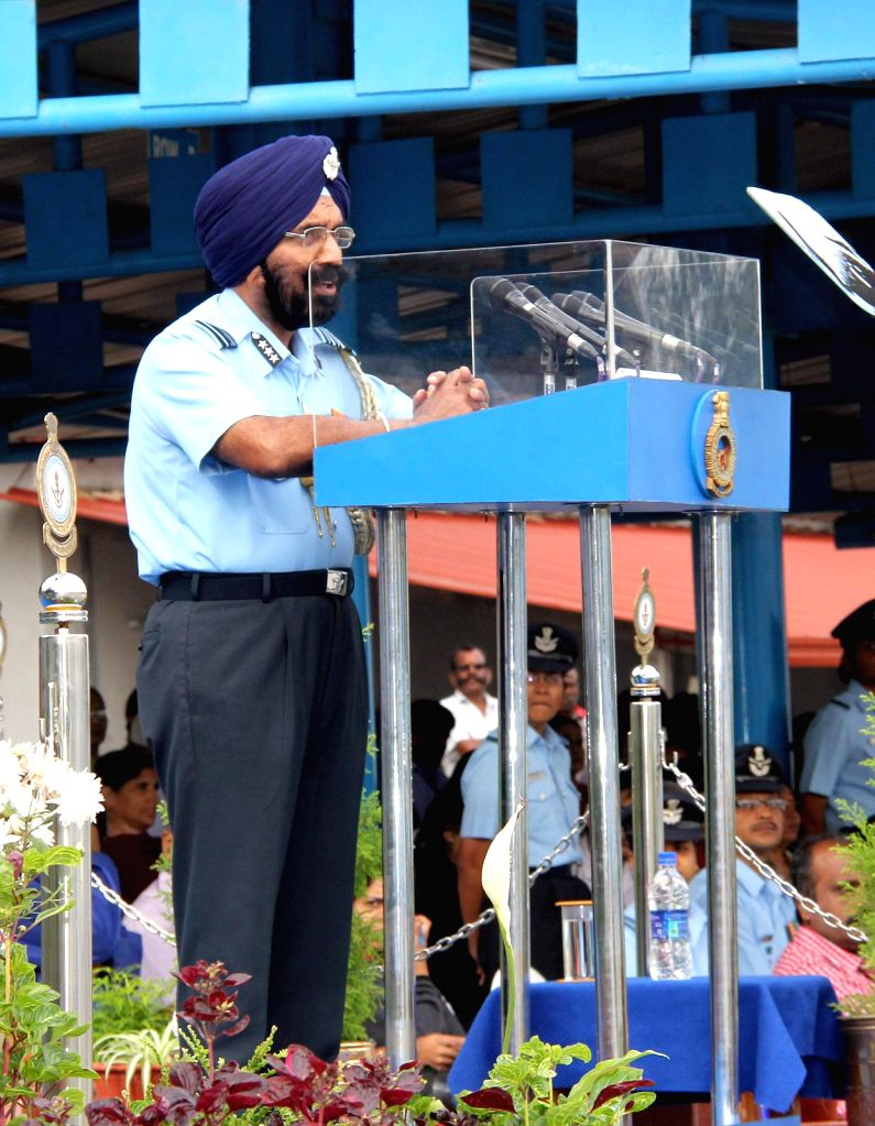 Air Officer In-charge Maintenance, Air HQ, Air Marshal Jagjeet Singh addresses during the passing out parade, at Air Force Technical College, in Bengaluru on Nov 28, 2014. - Marshal Jagjeet Singh