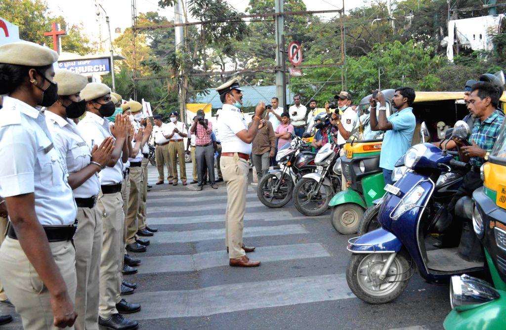 Bengaluru cops to 'quarantine' janata curfew violators on Sunday