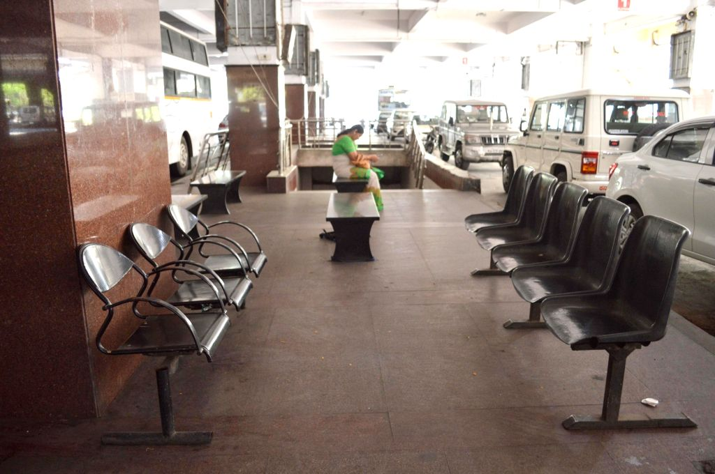 Bengaluru: Deserted look at Shanti Nagar Bus Stand amid CoronaVirus outbreak, in Bengaluru on Thursday, 19 March 2020. (Photo: IANS)